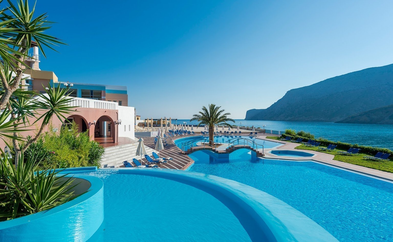 fodele_beach_resort_5
