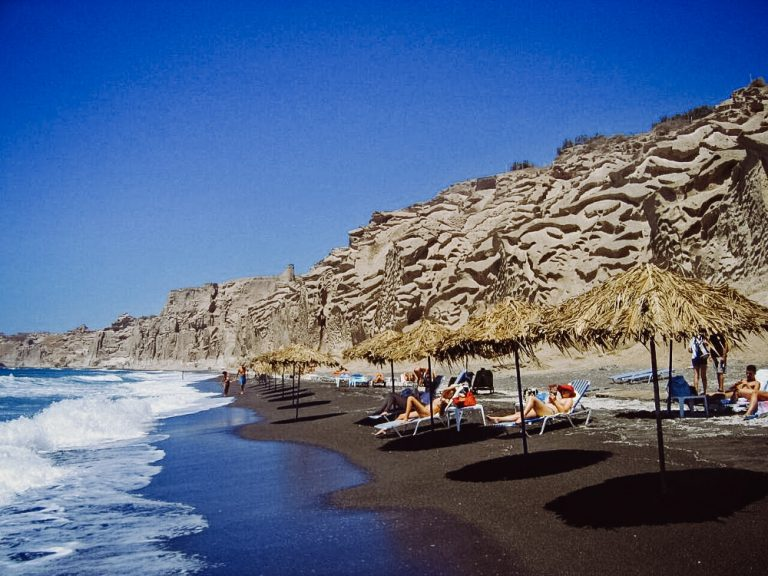 Santorini pludmale